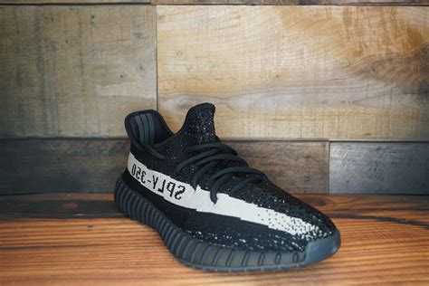 Sepatu Adidas Yeezy 350 Original adidas yeezy boost 350 v2 quot oreo quot 2016 new original box size 10 5 soled out jc