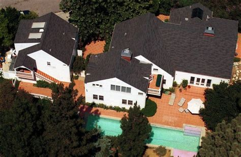 mike myers house mike myers beverly hills celebrity homes lonny