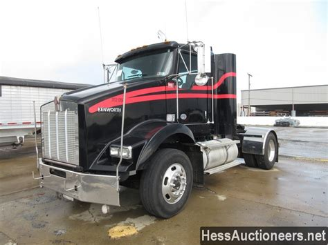 used kenworth t800 for sale used 2010 kenworth t800 single axle daycab for sale in pa