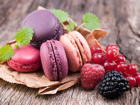 Raspberry Colorful wallpaper colorful macaroon currants raspberry