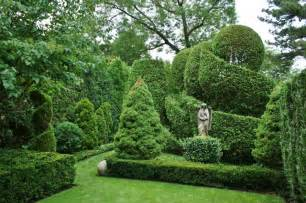 Formal Garden Designs - formal garden design traditional landscape chicago by www karlgercens com