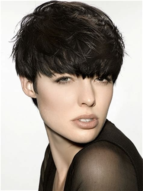 2010 hairstyles with bangs.