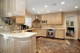 Whitewashed Kitchen Cabinets Traditional Kitchen With Whitewash Cabinets Apps Directories