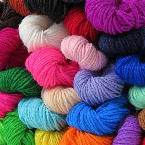 benang rajut akrilik dk wol karpet crafts