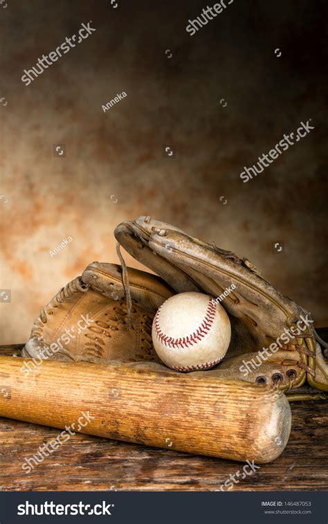 Allies Mitt Descriptive Essay by Allies Baseball Mitt Descriptive Essay Neerajmishrain