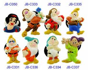 Seven dwarfs group from snow white and the seven dwarfs 677