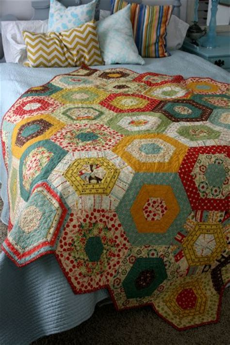 best 25 hexagon quilt pattern ideas on