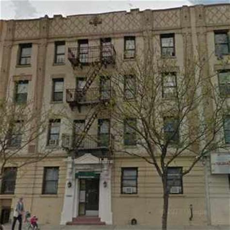 Apartment Complexes In Ny Astoria New York Apartments For Rent And Rentals Walk Score