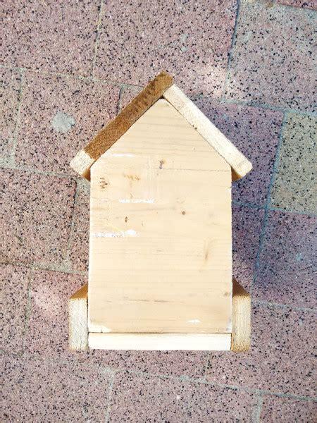 simple bird feeder myoutdoorplans  woodworking