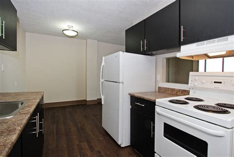 2 bedroom apartments in calgary 2 bedroom apartments in calgary 2 bedroom apartments for rent calgary at holly acres