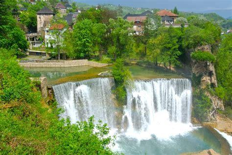 le si鑒e de sarajevo bosnie et herz 233 govine bosna i hercegovina le de