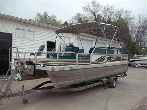fishing boat for sale kansas voyager boats for sale in kansas