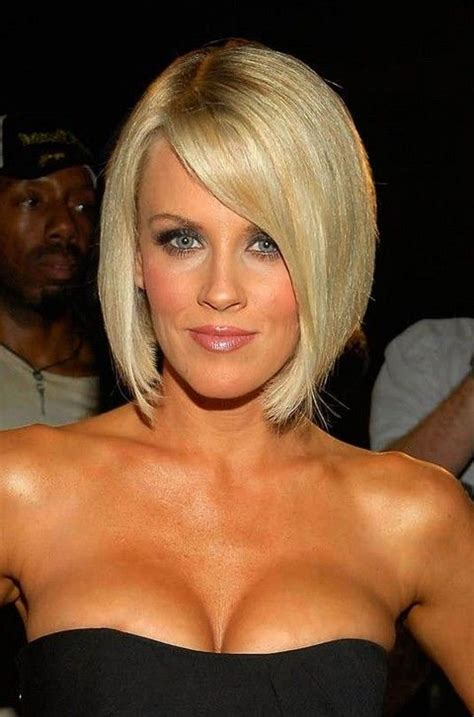 jenny mccarthy long angled bob hairstyle angled short blonde bob for long face shapes jenny