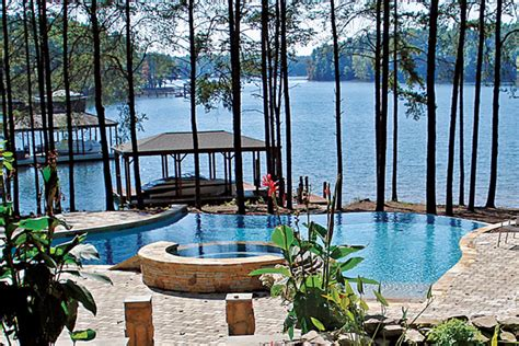 boat brokers of lake norman lake norman waterfront homes for sale things to consider