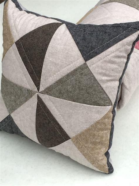 Handmade Hourglass - essex linen hourglass quilt beech tree handmade