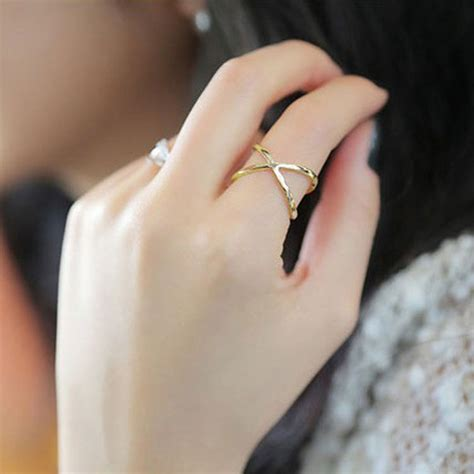 solid hollow ring cross joint finger ring z4017 korean jewelry female stars in rings from