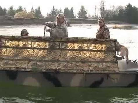 duck hunting boat videos duck boats duck hunting bankes boats 19 crusader youtube