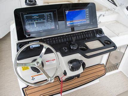 fan boat dealers news