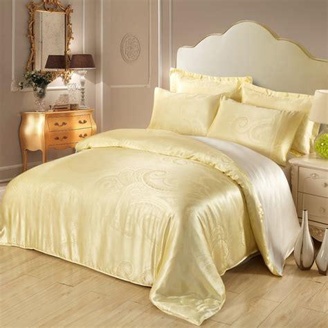 silk bedroom 19 mm bubbles jacquard silk duvet cover in light yellow