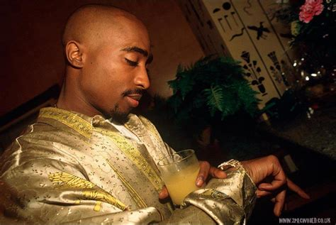personal photos of 2pac all 2pac com
