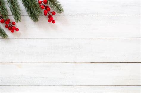 decoração arvore de natal vermelho e branco fundo de natal e ano novo ramos de abeto e baga de