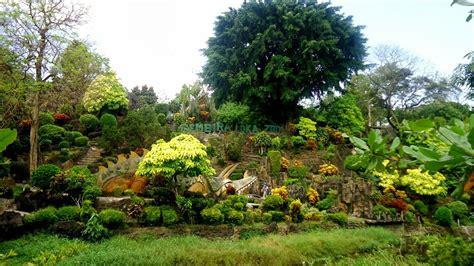 tak jauh  malioboro   tempat wisata keren  jogja liburan  yogyakarta