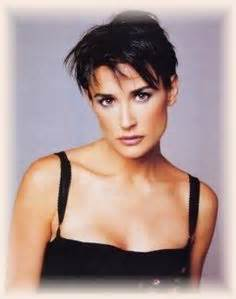 demi moore 1997 haicut demi moore indecent proposal hair 90s style