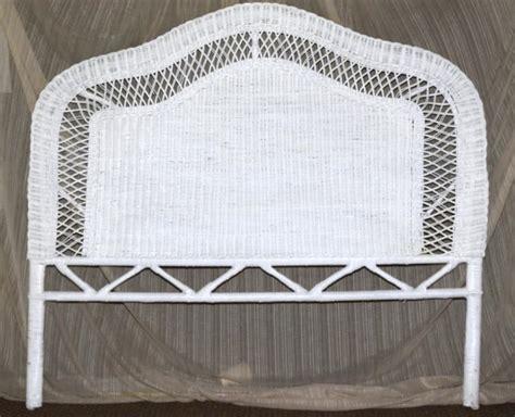 white wicker queensize headboard
