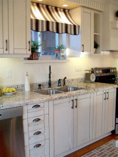 ideas for decorating a kitchen cafe kitchen decorating pictures ideas tips from hgtv