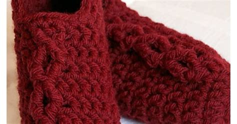 simple chunky cable crochet slippers simple chunky cable crochet slippers tutorial moogly