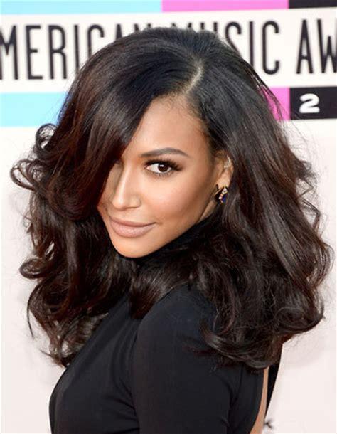 good color fr hispanic woman naya rivera s curly big hair at the 2013 american music