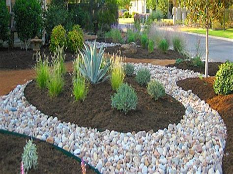 landscape design mulch and river rock landscaping