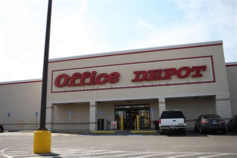Office Depot New Year S Day Hours Office Depot Hopes Its Green Initiative Counters Staples