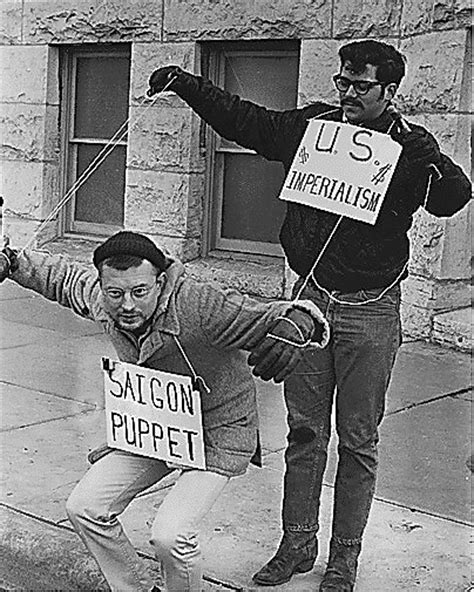 us history protests by americans during vietnam war