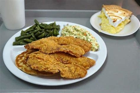 huddle house montezuma ga the 5 best restaurants near yoder s restaurant montezuma