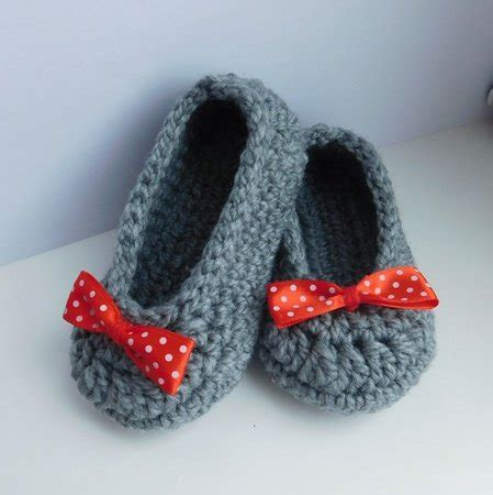 step by step crochet slippers baby slippers crochet pattern baby booties baby shoes