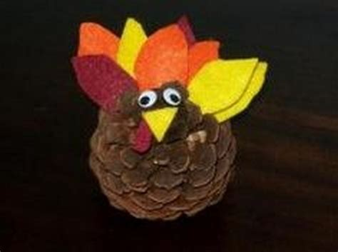 pinecone turkey craft more pine cone craft ideas 18 pics