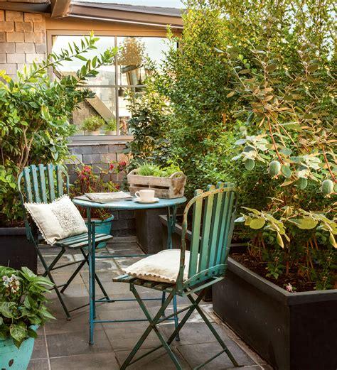 decorar mesas de jardin decorar la terraza seg 250 n su talla c 243 mo aprovechar el espacio
