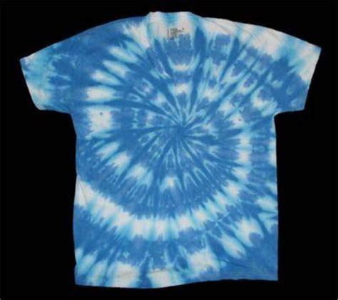 new tie dye hanes v neck t shirt blue and white swirl ad
