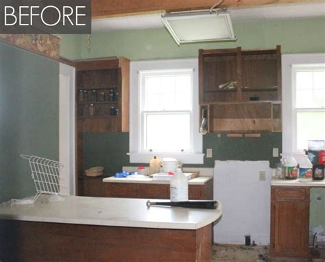 Inexpensive Kitchen Renovations Before And After Affordable Kitchen Remodel How To Remodel Your Kitchen