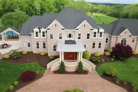 take a look inside the 163 4 5m mansion complete with 8