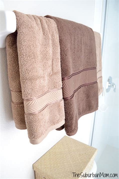 guest bathroom towels guest bathroom makeover thesuburbanmom