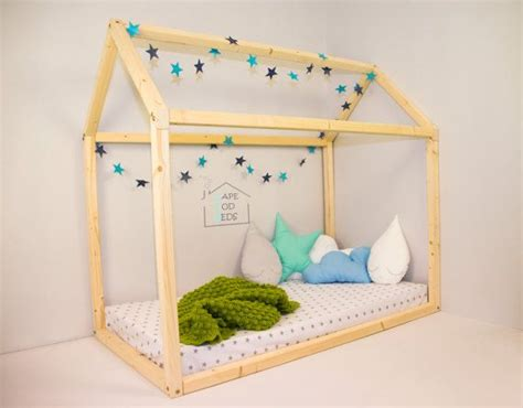 Montessori Floor Bed Frame 8 Best Floor Montessori Bed Images On Montessori Bed House Beds And Room
