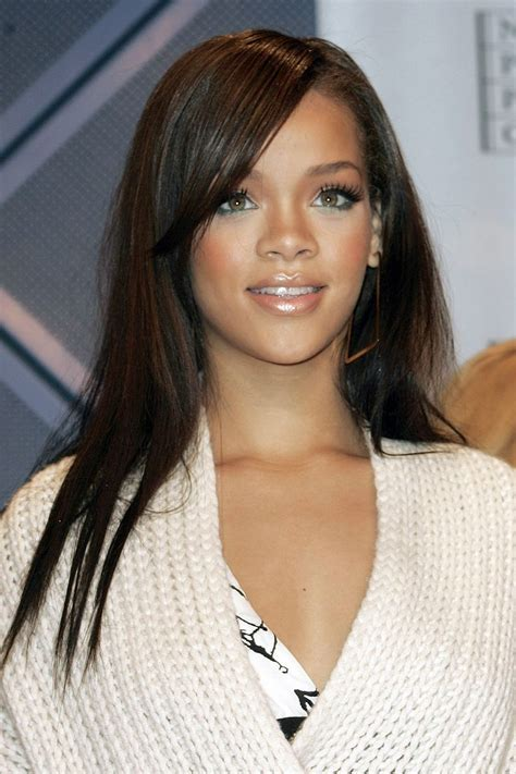 rihanna hairstyle ideas thehairstyler com best 25 rihanna long hair ideas on pinterest rihanna