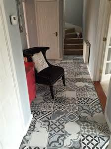 Floor Covering Ideas For Hallways Make An Entrance Decorating Ideas For The Hallway Walls And Floors