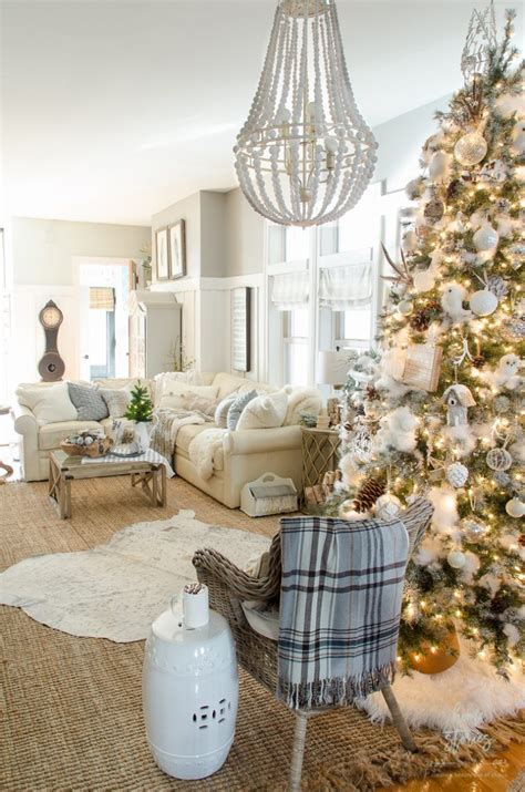 rustic decorated trees 10 tips on how to decorate a tree rustic glam