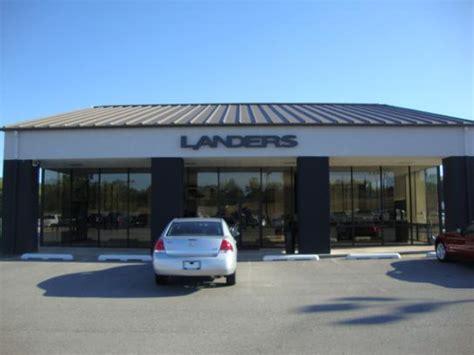Landers Ford car dealership in Benton, AR 72015 2068
