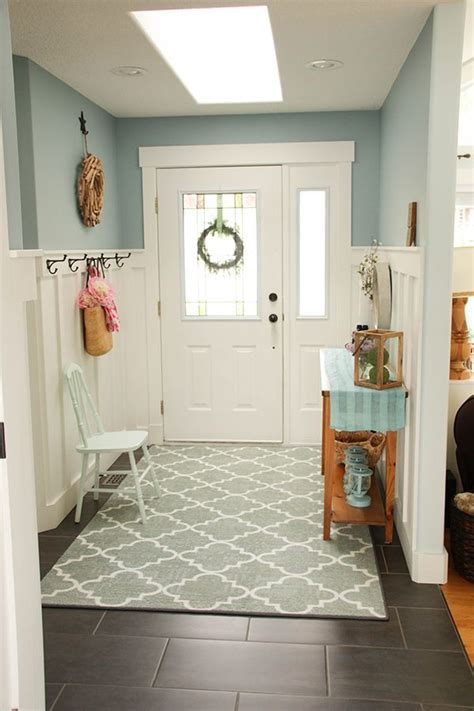 Wainscoting Paint Color Ideas by Diy Board And Batten Wainscoting The Home Depot Paint