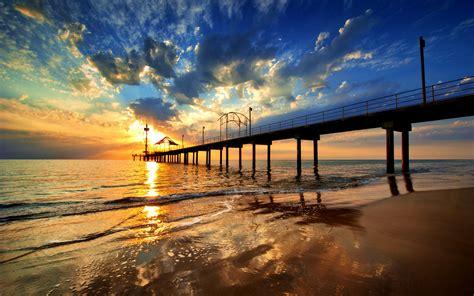 fond ecran plage embarcadere ponton coucher de soleil