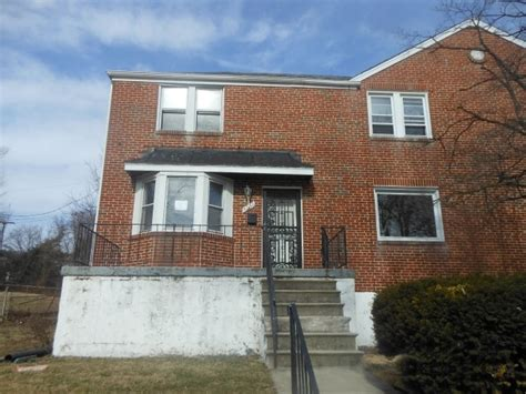 5030 westhills road baltimore md 21229 foreclosed home